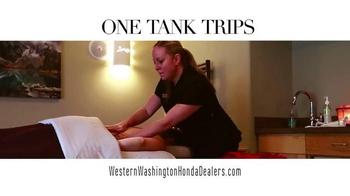 Honda One Tank Trips Sweepstakes TV Spot, 'Sleeping Lady Resort: 2015 CR-V' - Thumbnail 2