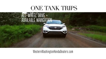 Honda One Tank Trips Sweepstakes TV Spot, 'Sleeping Lady Resort: 2015 CR-V' - Thumbnail 4