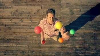 XFINITY Movers Edge TV Spot, 'Finding Help' - Thumbnail 5