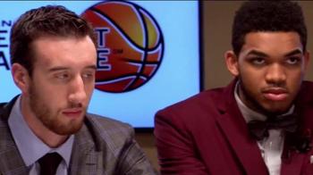 American Express TV Spot, '2015 NBA Rookie Draft Desk' Ft. D'Angelo Russell - Thumbnail 3