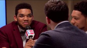 American Express TV Spot, '2015 NBA Rookie Draft Desk' Ft. D'Angelo Russell - Thumbnail 5