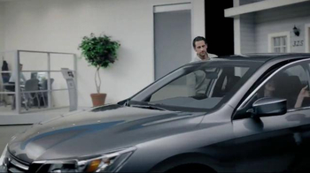 2015 Honda Accord LX TV Spot, 'The Andersons Get Up and Out' - Thumbnail 2