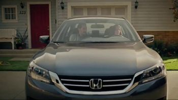 2015 Honda Accord LX TV Spot, 'The Andersons Get Up and Out' - 433 commercial airings