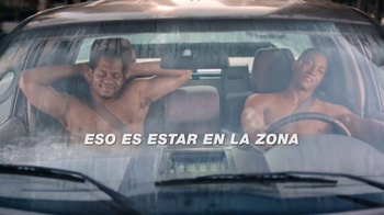 AutoZone TV Spot, 'Jacuzzi' [Spanish] - Thumbnail 9
