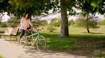 Revlon Ultra HD Lipstick TV Spot, 'WE TV: Better Together' - Thumbnail 2