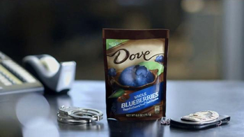 Dove Chocolate With Blueberries TV Spot, 'Investigation Discovery: Backup' - Thumbnail 7