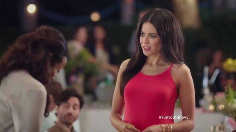Old Navy TV Commercial, 'No es una broma' con Judy Reye