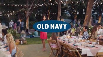 Old Navy TV Spot, 'No es una broma' con Judy Reyes [Spanish] - Thumbnail 10