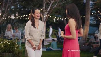 Old Navy TV Spot, 'No es una broma' con Judy Reyes [Spanish] - Thumbnail 7