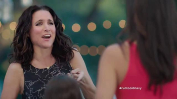 Old Navy TV Spot, 'No Joke' Featuring Julia Louis-Dreyfus - Thumbnail 6