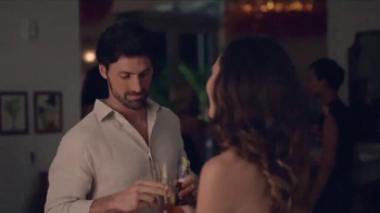 Corona Light TV Spot, 'Lime' - Thumbnail 2