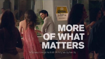 Corona Light TV Spot, 'Lime' - Thumbnail 7