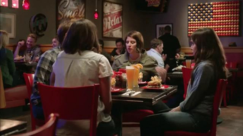 Red Robin Genisys Burger TV Spot, 'Terminator Genisys: One-Upper' - Thumbnail 3