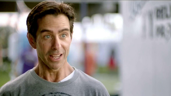 Charmin Relief Project TV Spot, 'NFL Tailgating Potties' - Thumbnail 6