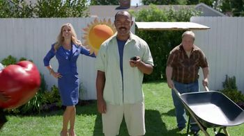 TracFone TV Spot, 'Backyard Party'