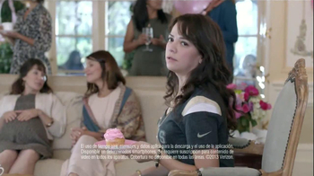 Verizon NFL Mobile TV Spot, 'Baby Shower' [Spanish] - Thumbnail 2