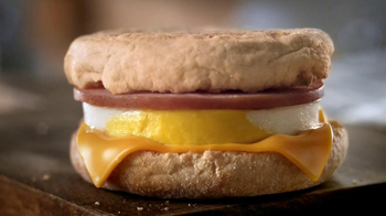 McDonald's McCafe Coffee TV Spot, 'Mornings' - Thumbnail 6