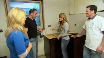 DIY Network TV Spot, 'Match.com' Featuring Alison Victoria - Thumbnail 2