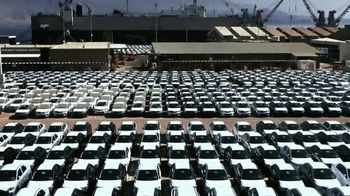 Chrysler TV Spot, 'Raising the Bar' - Thumbnail 2