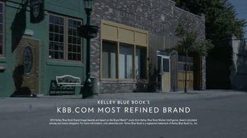 Chrysler TV Spot, 'Raising the Bar' - Thumbnail 8