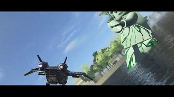 LEGO Marvel Super Heroes TV Spot, 'The Good Guys' - Thumbnail 9