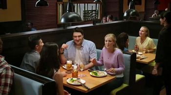 Outback Steakhouse No Worries Wednesday TV Spot, 'Vibrant Entrees'