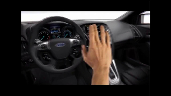 2014 Ford Focus SE TV Spot, 'Closer Look' - Thumbnail 3
