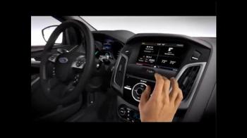 2014 Ford Focus SE TV Spot, 'Closer Look' - Thumbnail 4