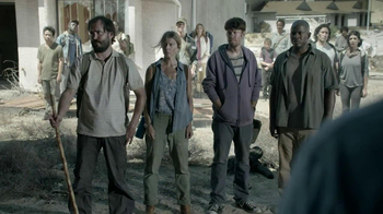 Hyundai TV Spot, 'The Walking Dead Chop ShopSpeech' - Thumbnail 6
