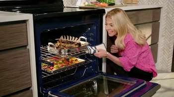 Electrolux Kitchen TV Spot, 'Crowd Pleasers' Featuring Kelly Ripa - 501 commercial airings