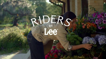 Riders by Lee Jeans TV Spot, 'Garden'