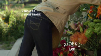 Riders by Lee Jeans TV Spot, 'Garden' - Thumbnail 5