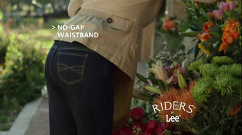 Riders by Lee Jeans TV Spot, 'Garden' - Thumbnail 6