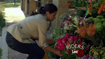 Riders by Lee Jeans TV Spot, 'Garden' - Thumbnail 7