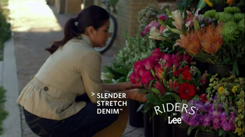 Riders by Lee Jeans TV Spot, 'Garden' - Thumbnail 8