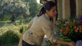 Riders by Lee Jeans TV Spot, 'Garden' - Thumbnail 9
