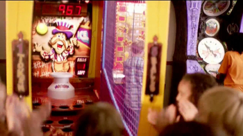 Chuck E. Cheese's TV Spot, 'Birthday Rockstar' - Thumbnail 10
