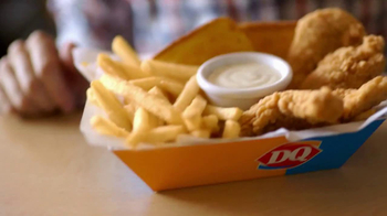 Dairy Queen Chicken Strip Basket TV Spot, 'Fan Food' - Thumbnail 4