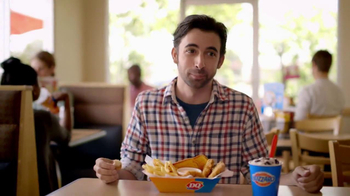 Dairy Queen Chicken Strip Basket TV Spot, 'Fan Food' - Thumbnail 9