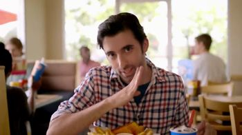 Dairy Queen Chicken Strip Basket TV Spot, 'Fan Food'