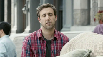 Verizon NHL GameCenter TV Spot, 'Moving Day' Featuring Dustin Brown - Thumbnail 4
