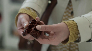 Fiber One 90 Calorie Brownies TV Spot, 'Drama' - Thumbnail 9