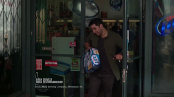 Miller Lite TV Spot, 'La Grúa' Con Danny Trejo [Spanish] - Thumbnail 1