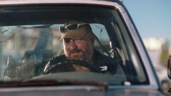 Miller Lite TV Spot, 'La Grúa' Con Danny Trejo [Spanish] - Thumbnail 4