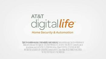 AT&T Digital Life TV Spot, 'Cabin' - Thumbnail 10