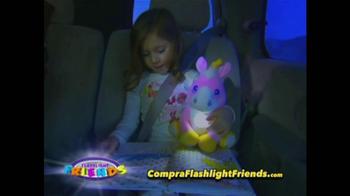 Flashlight Friends TV Spot [Spanish] - Thumbnail 8