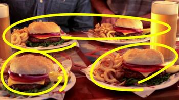 Hooters TV Spot, 'Hoot Camp' Featuring Jon Gruden - Thumbnail 4