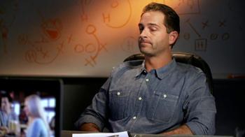 Hooters TV Spot, 'Hoot Camp' Featuring Jon Gruden - Thumbnail 7