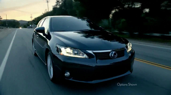 2013 Lexus CT TV Spot, '42 Miles' - Thumbnail 2
