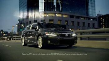 2013 Lexus CT TV Spot, '42 Miles' - Thumbnail 9
